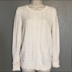 Gap ivory cable knit crewneck sweater M